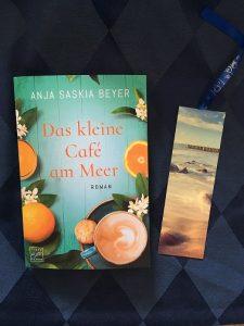 Buchcover Das kleine Café am Meer von Anja Saskia Beyer