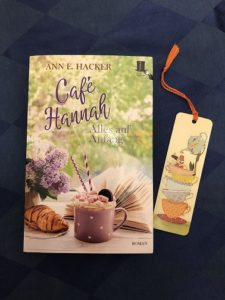 Buchcover Café Hannah - Alles auf Anfang von Ann E. Hacker