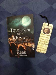 Buchcover Tote spielen kein Klavier von Kees van Kikkerland